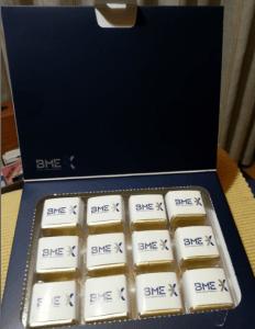 Obsequio por asistencia a la junta de accionistas de BME